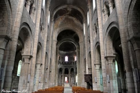 Église Saint-Étienne de Nevers un regard sur l'intérieur