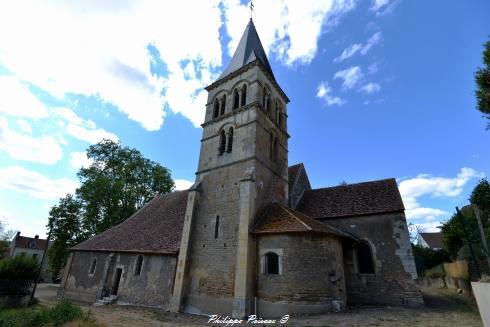 Intérieur de l'église de Parigny les Vaux Nièvre Passion