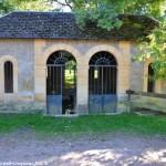 Lavoir Fontaine du Bouillon Prémery