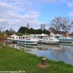Port de Plagny un ouvrage du beau Canal du Nivernais