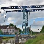 Pont-Levis de Pousseaux