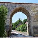 La Porte de Cosne de Saint-Vérain Nièvre Passion