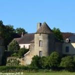 Le Château de Montigny Sur Canne