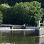 Pertuis de Clamecy un ouvrage sur le canal du Nivernais