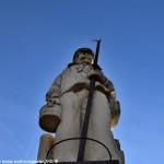 Statue aux Flotteurs de Clamecy