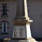 Monument aux Morts de Moux en Morvan