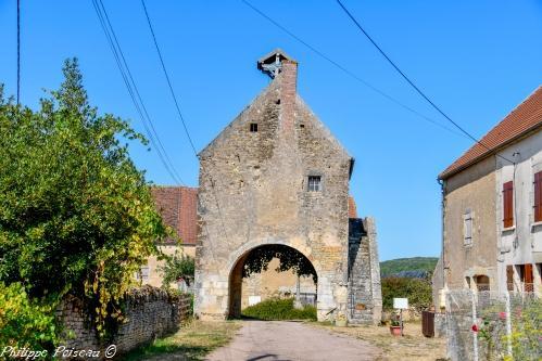 Ancien corps de garde de Sur-Yonne – Patrimoine