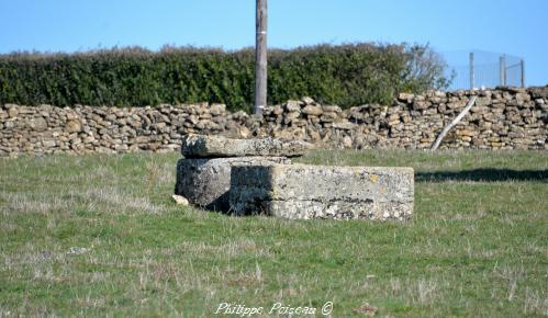 Ancien puits de Coux
