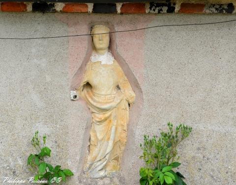 Ancienne maison du curé du village de Thareau remarquable