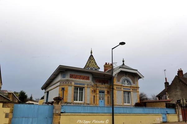 Belle maison de Coulanges Les Nevers