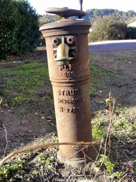 Borne Fontaine de la gare de Prémery un patrimoine