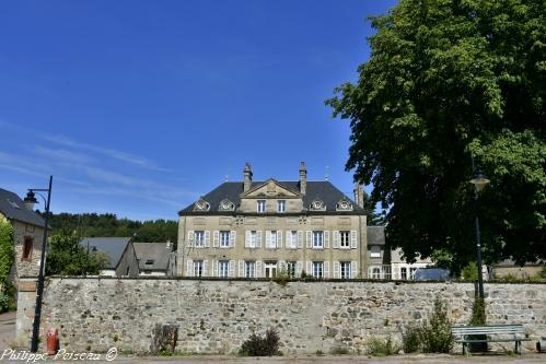 Château de Glux en Glenne Nièvre Passion