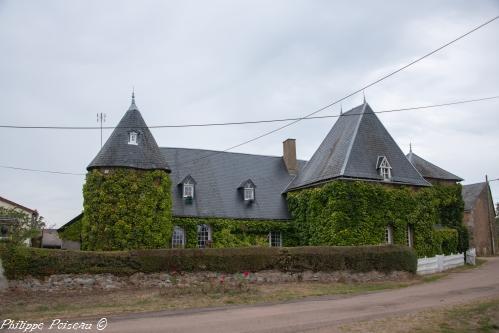 Château de Vizaine – Manoir de Vizaine – Patrimoine