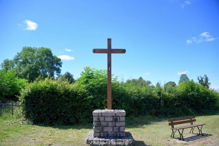 Croix du carrefour de Blismes un beau patrimoine.