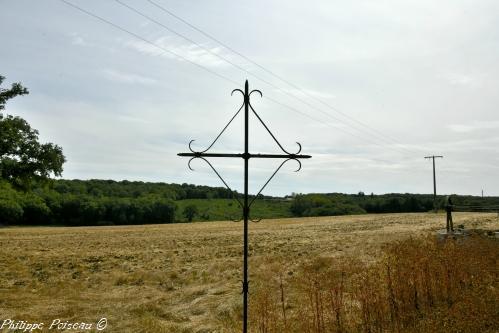 Croix de Bourras la Grange Nièvre Passion
