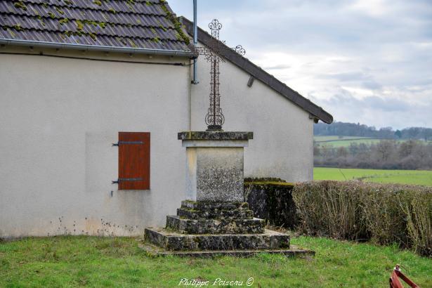 Croix de Mougny un patrimoine vernaculaire