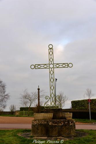 Croix de Saint-Ouen-sur-Loire – Patrimoine vernaculaire