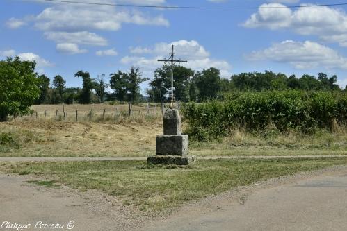 Croix de Valentinges Nièvre Passion
