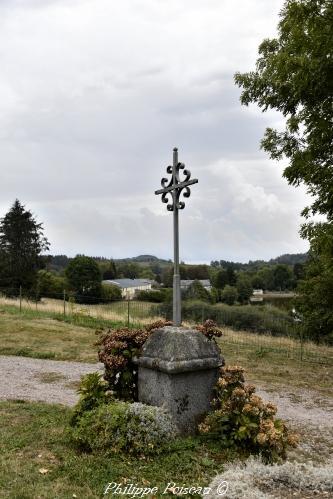 Croix de mission d' Ouroux en Morvan – Patrimoine