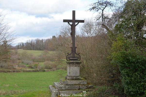 Crucifix de Marigny l'église