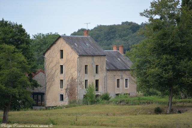 Le moulin de Villaine la Prusse un patrimoine vernaculaire