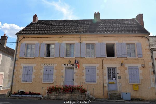 Mairie de Saint Laurent Nièvre Passion l'Abbaye