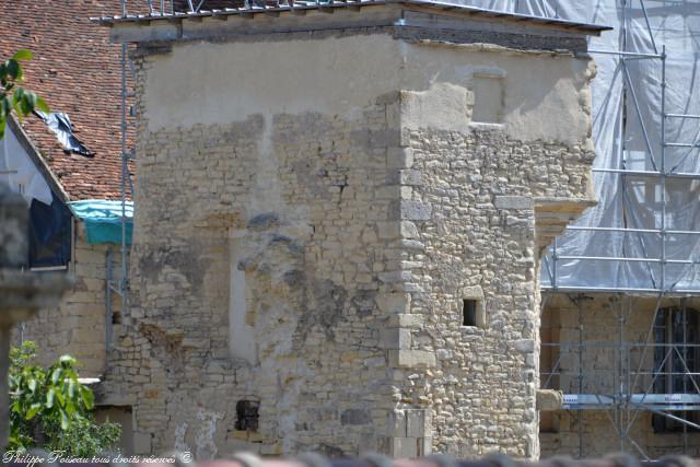 Château de Challement remarquable Maison forte