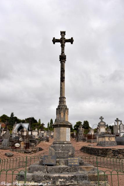 Calvaire du cimetière de Corbigny