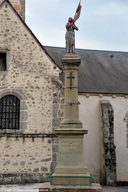 Monument aux Morts de Poil – Monument du souvenir
