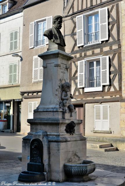 Clamecy la Fontaine