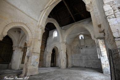 Église Saint Genest de Nevers vue de l'intérieur