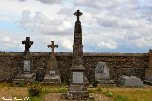 Monument aux morts d'Authiou Nièvre Passion