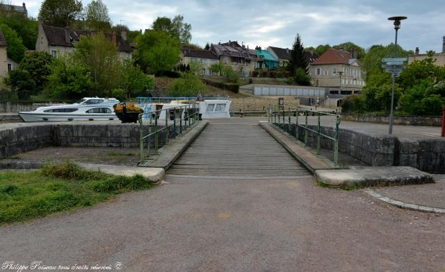 Pont Mobile de Clamecy Nièvre Passion