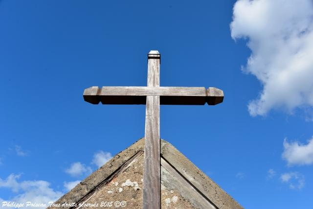 Croix du cimetière de Poiseux Nièvre Passion
