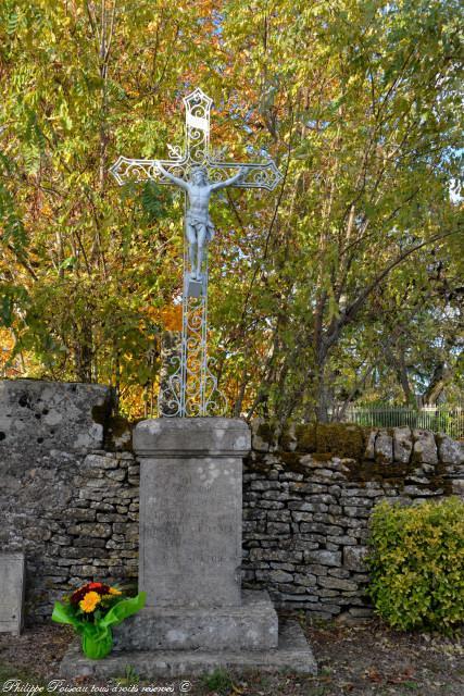 Monument aux morts de Beaulieu et Michaugues