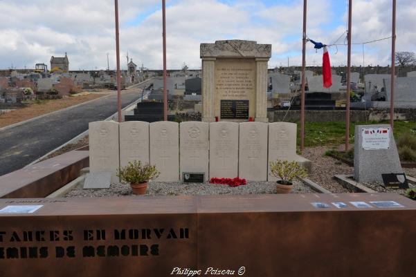 Cimetière de Marigny l'Église un hommage à la résistance