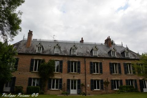 Château de Briffaut un Manoir de Saint-Hilaire-Fontaine
