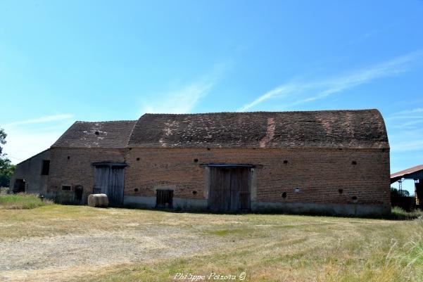 Ancienne grange de Saint Hilaire Fontaine