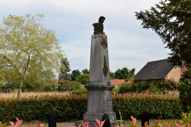 Monument aux morts de Saint-Hilaire-Fontaine Nièvre Passion