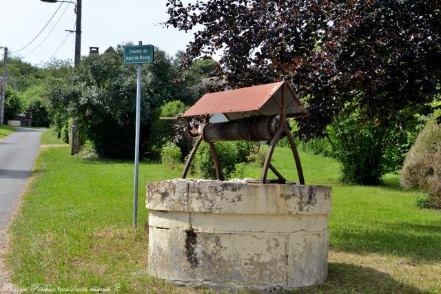 Puits du village de Balleray