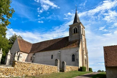 Église de Tracy sur Loire – l'Église saint Symphorien