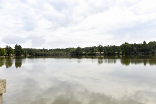 Étang d' Ouroux en Morvan – Plan d'eau de la Nièvre
