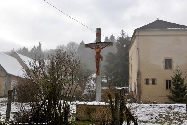 La Croix de GIRY Nièvre Passion