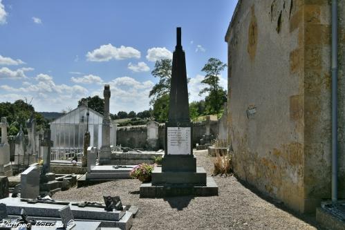 Monument aux morts de Magny Lormes Nièvre Passion