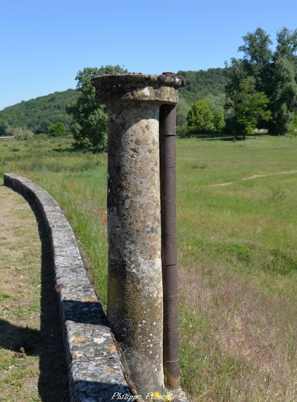 Les tourets du bec d'Allier un beau patrimoine vernaculaire