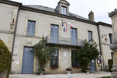 Mairie d'Ouroux en Morvan – Hôtel de ville