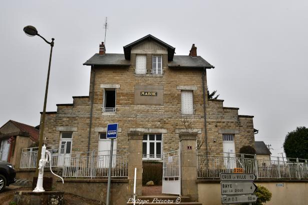 La Mairie de Bazolles un Hôtel de ville