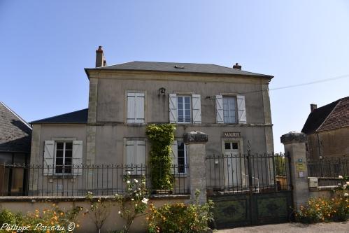 Mairie de Breugnon – Patrimoine communal