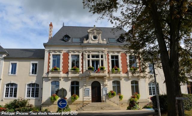 Mairie de Pougues