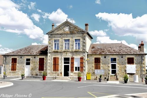 Mairie École de Champvert – Patrimoine vernaculaire